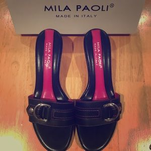 Must go! Open toe black Italian sling back sandals
